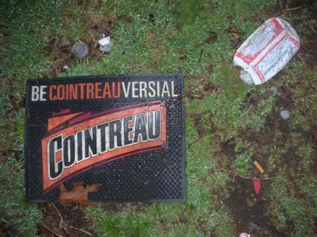 booze-mat-cointreau-3242-small.jpg
